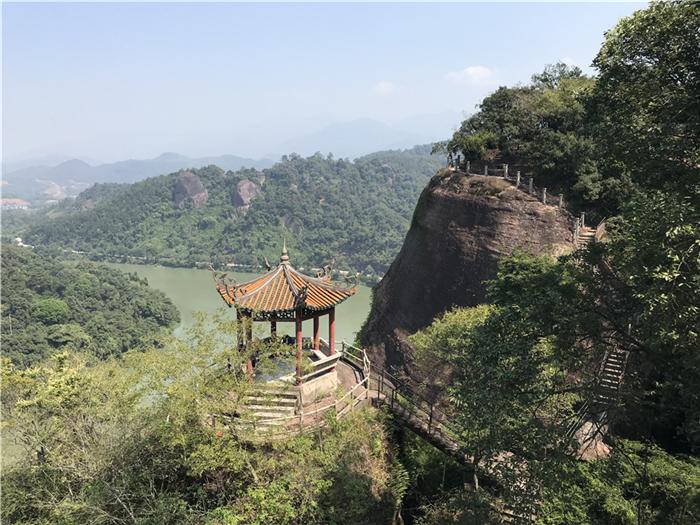福州出发-连城冠豸山(石门湖)、天一温泉、永安桃源洞动车二日游