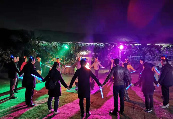 【亲子2天露营 | 20人起】旗山万林园亲子露营、篝火晚会、趣味互动体验自驾二日游
